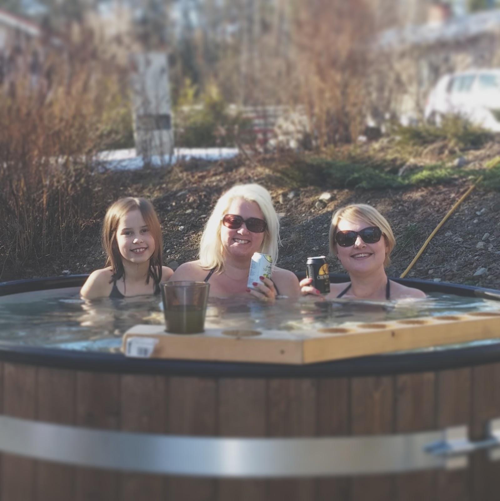 Filosofointia kylpemisestä ja saunomisesta ja nakuna vai ei?