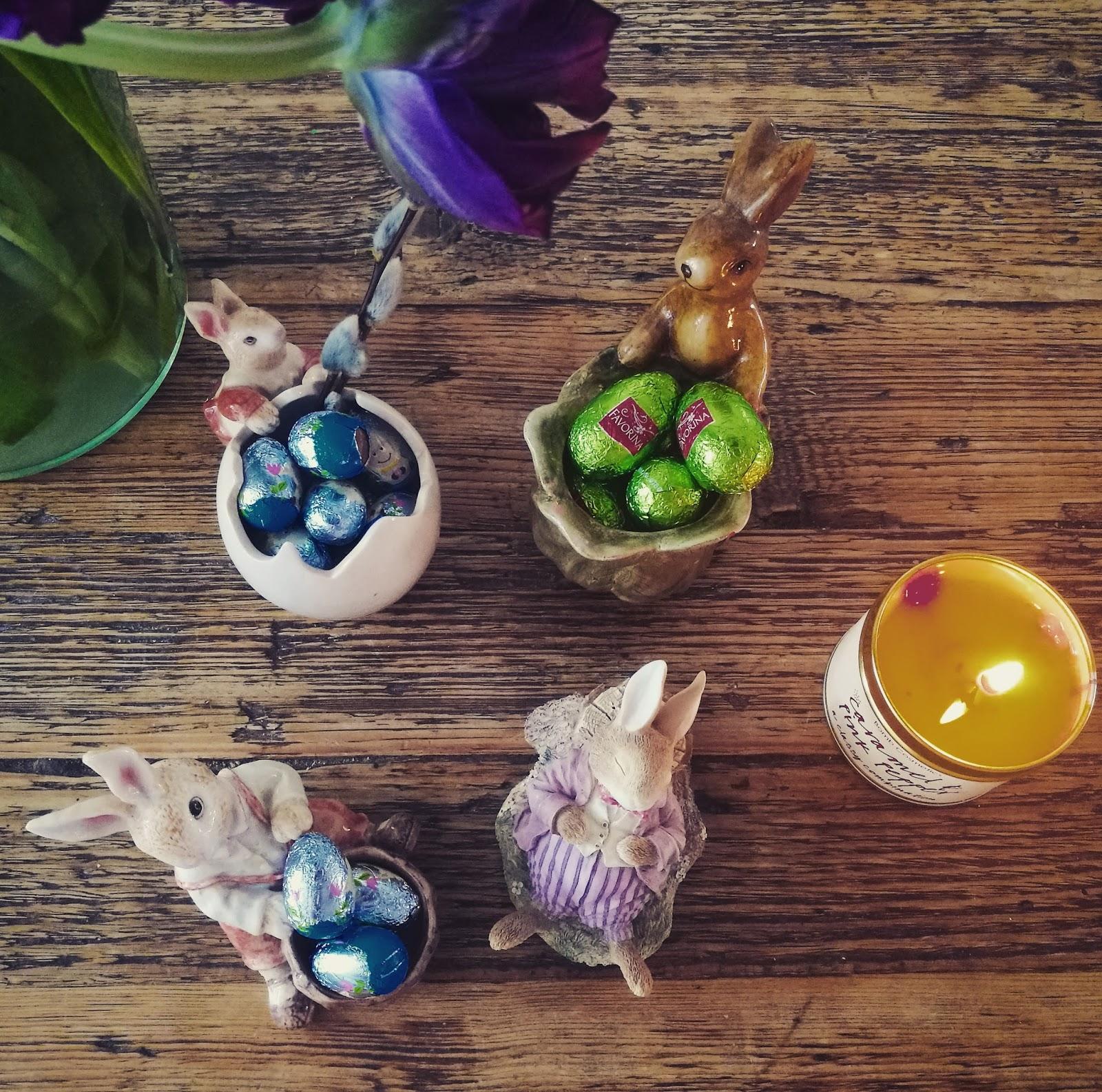 Kerro kerro kuvastin mikä on paras pääsiäisherkkunen ja sukulaatimunanen?