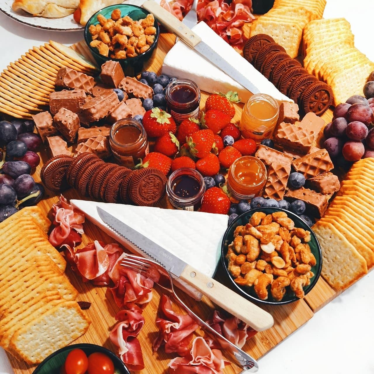 rippijuhlat, konfirmaatio, visitporvoo, tarjoilu, kakku, juhlatarjoilu, cafecabriole